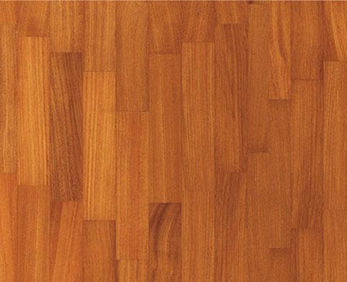 Pavimenti in legno di Doussie' Africa