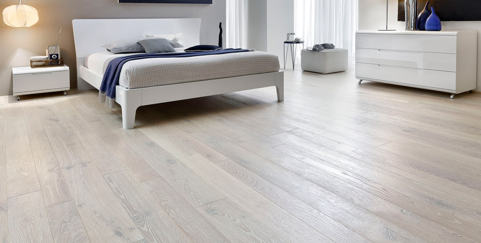 Hardwood Floors in Pickled Oak Bleached